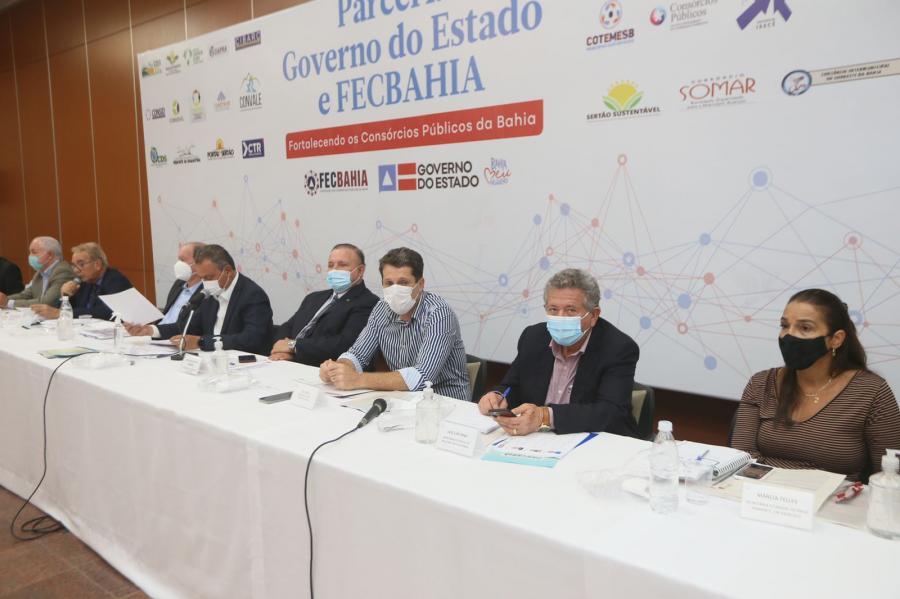 Representando o CIMURC, Zé Cocá, participa de reunião da FECBahia e apresenta pautas regionais ao governador do Estado